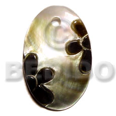Oval blacklip natural skin Carved Pendants