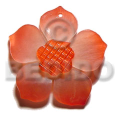 Graduated red 40mm hammershell flower Carved Pendants