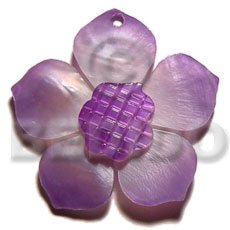 Graduated lavender 30mm hammershell flower Carved Pendants