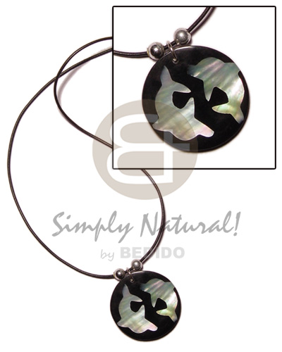 Round 40mm inlaid hammershell twin Choker Necklace