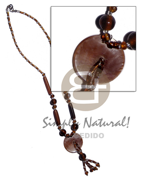 hand made 30mm brownlip in glass beads Horn Necklace