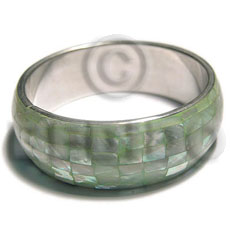 Green kabibe shell blocking Inlaid Metal Bangles