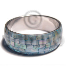 aqua blue kabibe shell  blocking in 1in. metal casing / inner diameter 65mm - Inlaid Metal Bangles