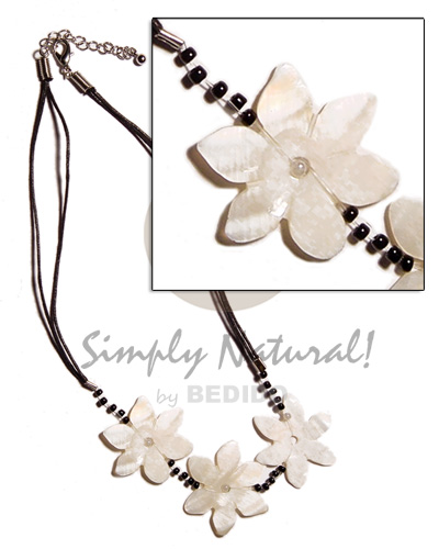 3 flower 30mm kabibe shells Multi Row Necklace