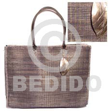 Raffia stitch bag dangling Native Bags