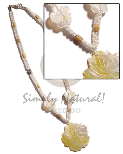 40mm grooved mop flower Natural Earth Color Necklace