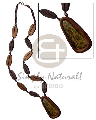 50mm blacklip inlaid in Natural Earth Color Necklace