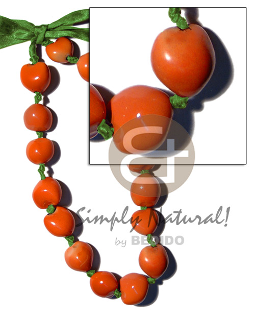 Painted graduated kukui nuts Natural Earth Color Necklace