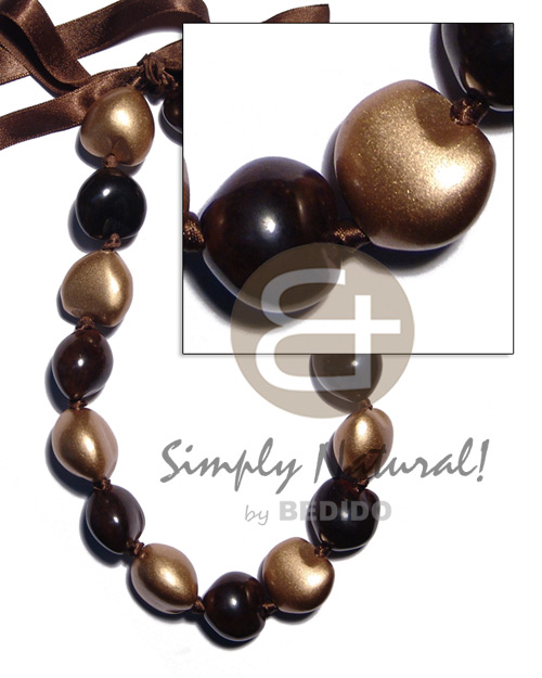Brown kukui nuts Natural Earth Color Necklace