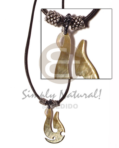 Anchor blacklip in wax cord Natural Earth Color Necklace