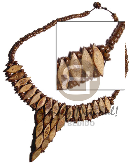 Coco cleopatra Natural Earth Color Necklace