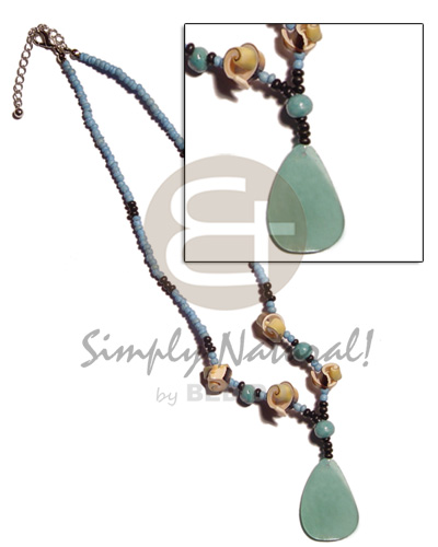 hand made 2-3mm coco pokalet blue Necklace with Pendant