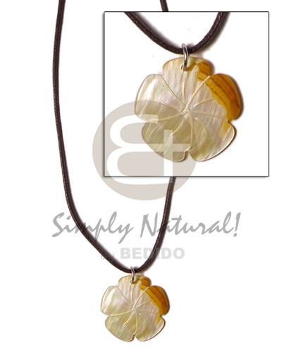 Cord scallop mop 30mm Necklace with Pendant