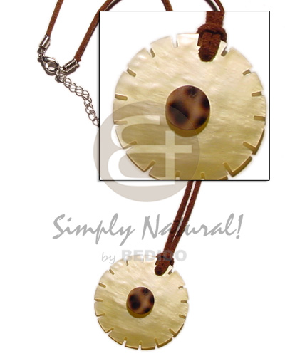 hand made 40mm mop flower wheel Necklace with Pendant