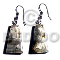Dangling 25mmx15mm pyramid laminated blacklip Resin Earrings