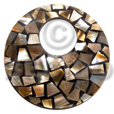 flat 65mm round black resn  laminated brownlip chips  23mm hole - Resin Pendants