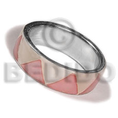 inlaid hammershell in stainless 10mm metal ring / pastel pink and nat. white combination - Rings