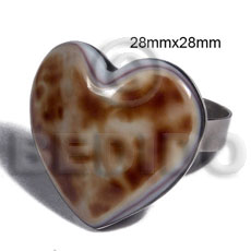 big accent haute hippie ring /adjustable metal / 28mmx28mm heart embossed and laminated cowrie tiger shell - Rings
