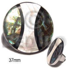 big accent haute hippie 37mm round  / adjustable metal ring/  green shell / paua combination - Rings