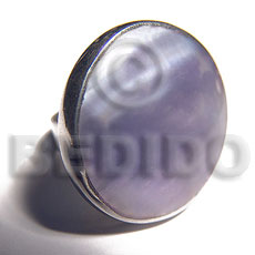 big accent haute hippie round 30mm / adjustable metal ring /  polished lilac hammershell - Rings