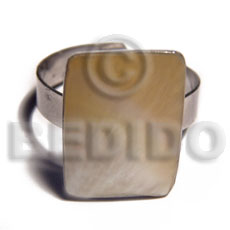 big accent haute hippie rectangular 20mmx15mm / adjustable metal ring/  polished MOP shell - Rings
