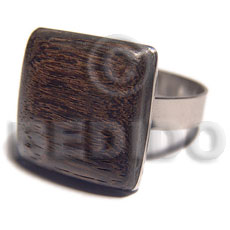 big accent haute hippie  square 20mm / adjustable metal ring/ polished embossed robles wood - Rings