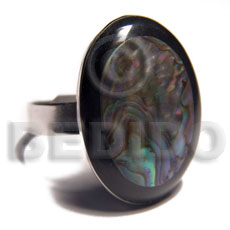 big accent haute hippie oval 20mmx25mm / adjustable metal ring/  laminated paua shell  black resin edges - Rings