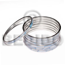 Laminated hammershell blue in 5mm Shell Bangles