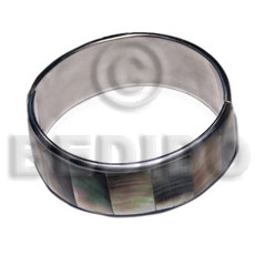 laminated inlaid blacklip shell  in 1 inch folded hinged stainless metal /  65mm in diameter - Shell Bangles