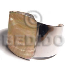 haute hippie 40mmx30mm metal cuff bangle  rectangular 48mmx40mm polished brownlip shell - Shell Bangles