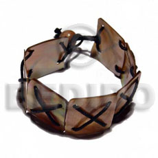 7 pcs. 20mmx20mm brownlip squares Shell Bracelets