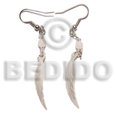 Dangling 10x40mm hammershell leaf and Shell Earrings