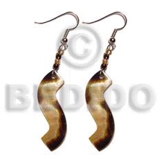 Dangling wavy brownlip tiger 40mmx10mm Shell Earrings