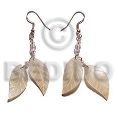 Dangling double leaf hammershell 25mm Shell Earrings