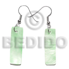 Dangling 30x10mm pastel green hammershelll Shell Earrings