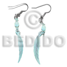 Dangling 10x40mm aqua blue hammershell Shell Earrings