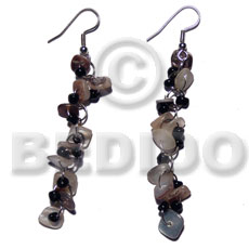 Dangling hammershell square cut Shell Earrings