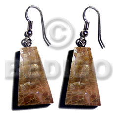 Dangling 25mmx15mm pyramid laminated brownlip Shell Earrings