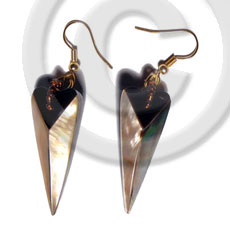 Dangling 38mmx15mm laminated pointed multi-sided Shell Earrings