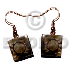 Dangling 15mm laminated brownlip square Shell Earrings