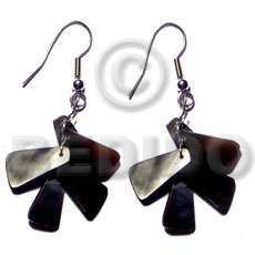 Dangling blacktab shells Shell Earrings