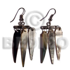 Dangling 38mmx8mm blacklip sticks in Shell Earrings