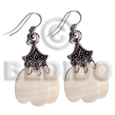 Dangling 3 pcs. 20mmx12mm kabibe Shell Earrings