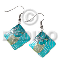 Dangling 30mmx30mm square kabibe shell Shell Earrings