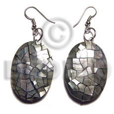 dangling back to back oval and embossed blacklip cracking 35mmx26mm - Shell Earrings