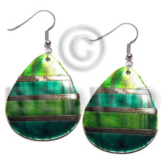 "dangling ""35mmx30mm"" two tones kabibe shell teardrop n green embellished  embossed gold lines - Shell Earrings"