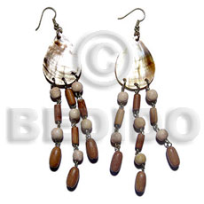 Dangling 25mmx22mm teardrop brownlip Shell Earrings
