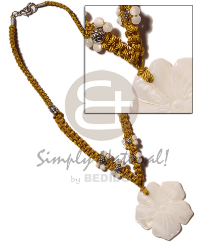 40mm kabibe shell flower Shell Necklace