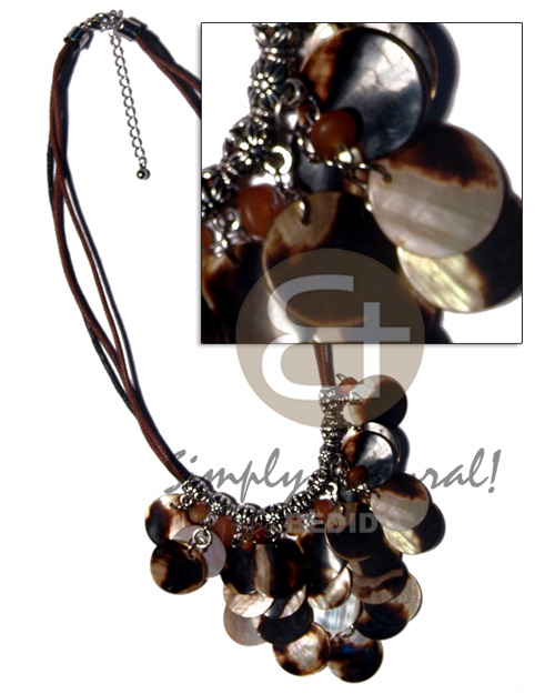 Cleopatra- dangling 18mm 25pcs. Shell Necklace
