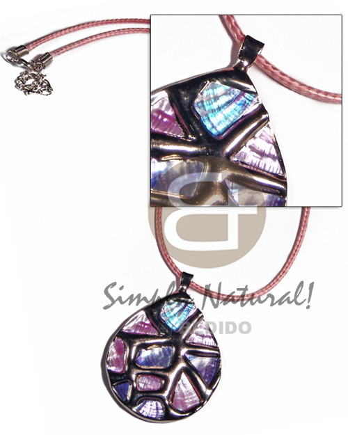 Teardrop 50mmx42mm glistening abalone in Shell Necklace